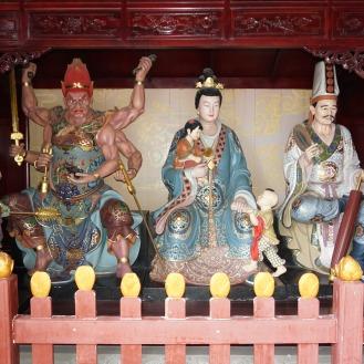 Schutzkönig Bai Wuchang (2. von links)